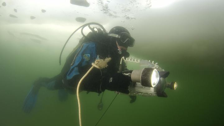 Шансов, что они могли сохраниться, - ноль: Поднимать картины Айвазовского с затонувшего корабля нет смысла - эксперт