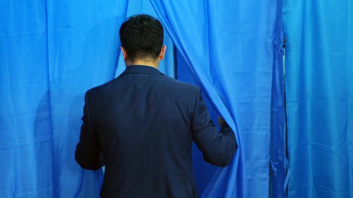 Подготовка к выборам в Раду? Президент Украины регистрирует торговую марку Команда Зеленского