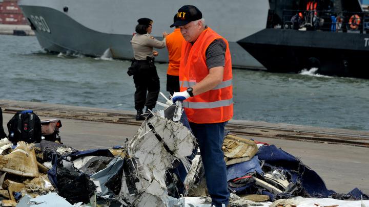Почти 100 ошибок и недостатков: В Индонезии огласили длинный список причин катастрофы Boeing 737 Max