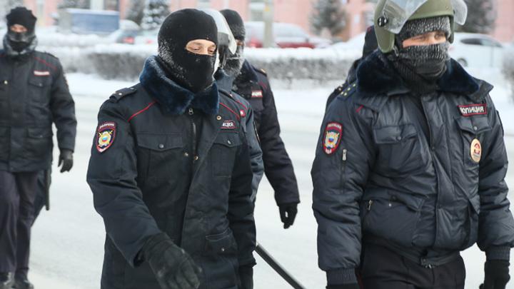 Всего 100 человек: митинг за Навального в Кургане превратился в фарс