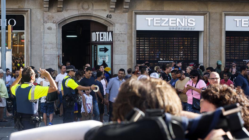 Российские туристы о теракте в Барселоне: Сначала все подумали, что это какая-то шутка
