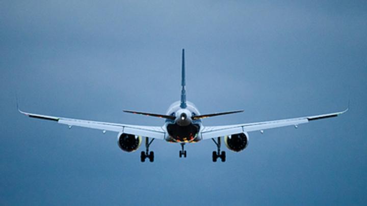 Самолёт развалился на две части: Появилось видео с места авиакатастрофы в Индии