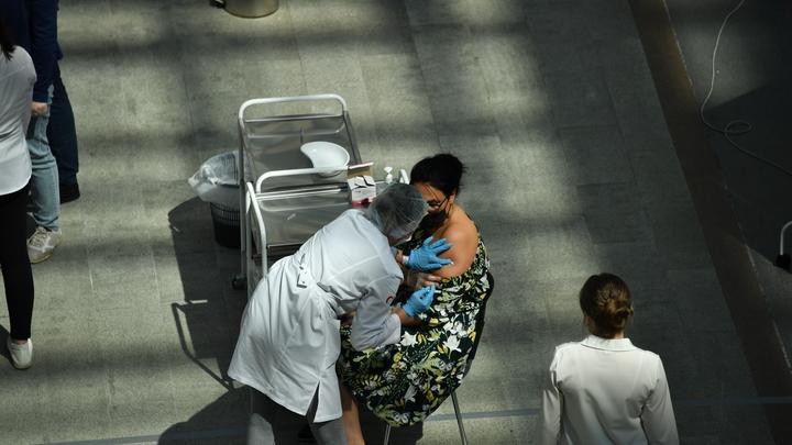 В Ростове открылись мобильные пункты вакцинации от гриппа