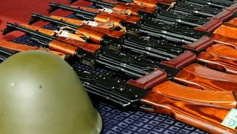 """Запасы оружия """"террористов из Донбасса"""" нашли на складе ВСУ"""