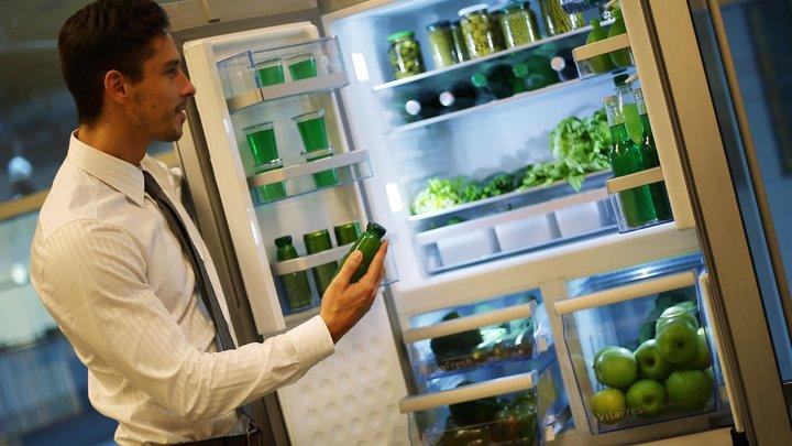 Перестань есть: Новые поющие холодильники будут напоминать про диету