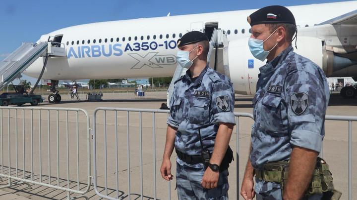 1 к 135: На авиасалоне МАКС безопасность 135 тысяч посетителей охраняли 1000 сотрудников Росгвардии