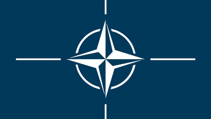Генсек НАТО отверг возможность борьбы с усилением России на Балканах