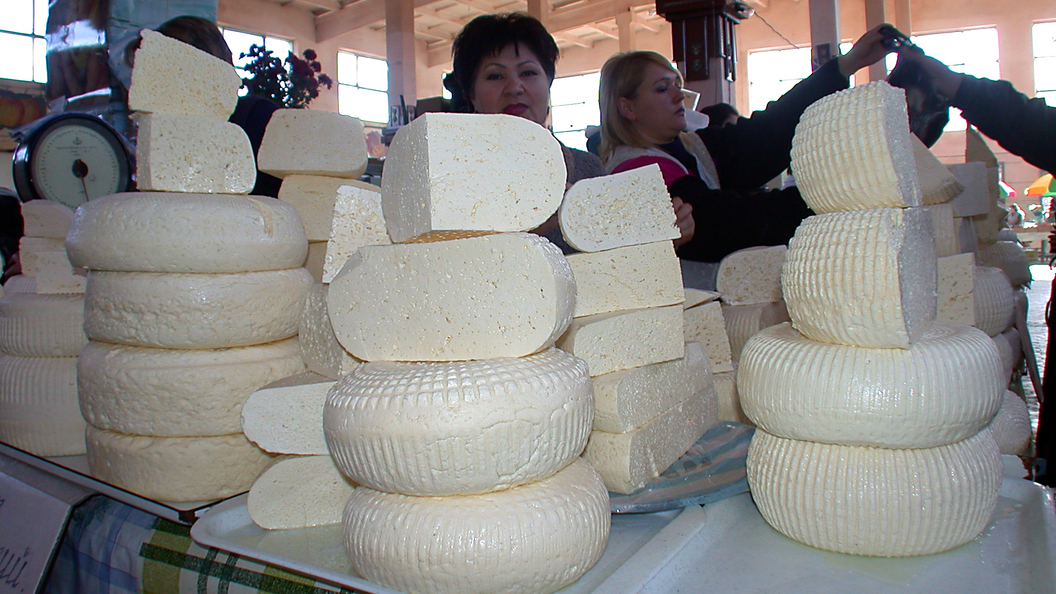 Россельхознадзор отыскал наприлавках сыр сантибиотиками