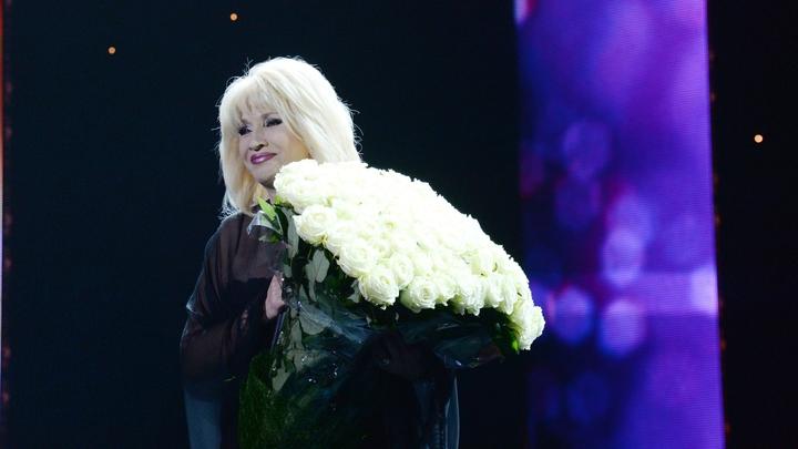 Концерт Аллегровой в Краснодаре закончился скандалом: Зрителей возмутил репертуар и действия охраны - СМИ