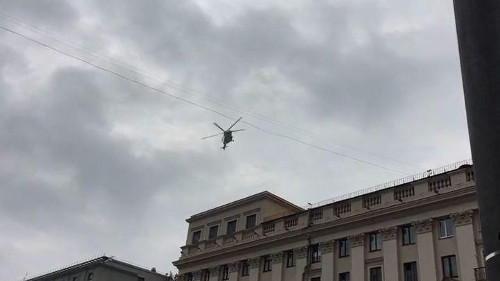 Лукашенко бежит из дворца: Вертолёт в центре Минска вызвал панику