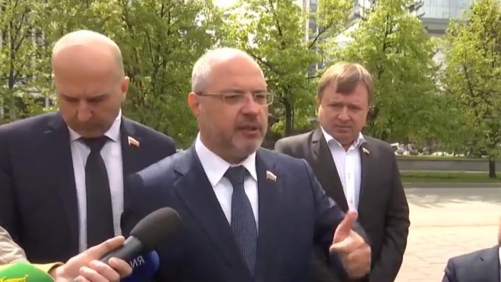 Это бюджет хорошего города: Депутат Гаврилов в Екатеринбурге рассказал о миллиардных вливаниях НКО из-за рубежа
