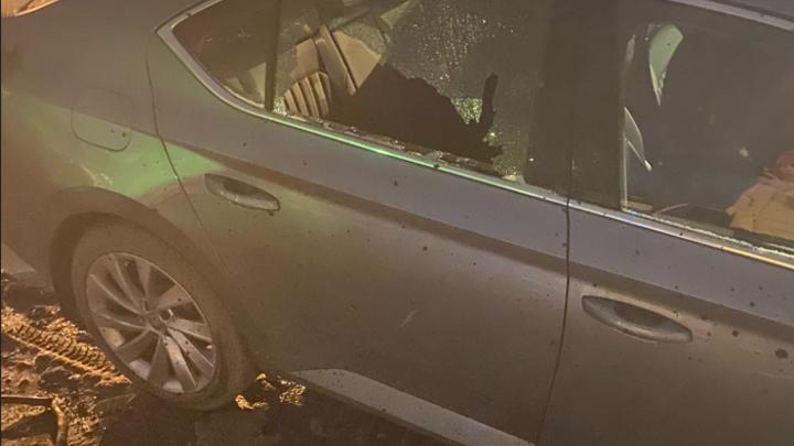 «Тряхнуло»: при ночном сносе трубы бывшей котельной на Невском пострадали машины и дома