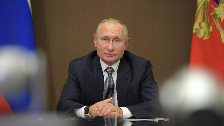 День рождения на телефоне: Песков раскрыл планы Путина на 68-летие