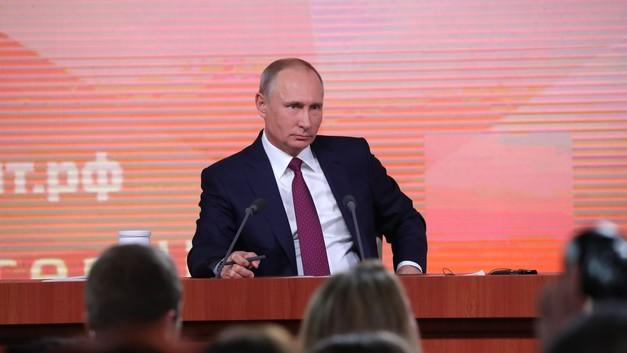 Путин VS Путин. Что сказано на большой пресс-конференции год назад и что сделано
