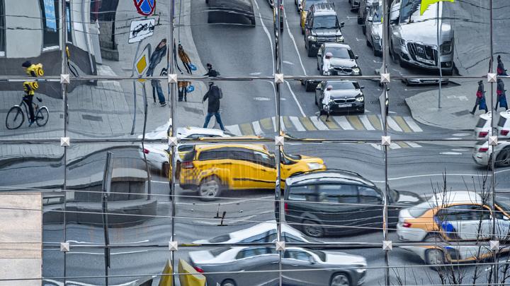 Семибалльные пробки сковали Новосибирск вечером 15 сентября