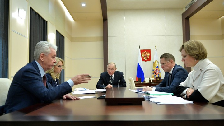 Путин ждёт доклада Собянина по карантину: Эксперты уже обвиняют мэра в ошибках
