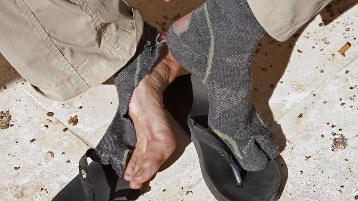 Штраф за грязные носки в плацкарте: В Госдуме предложили Ространснадзору следить за ногами пассажиров