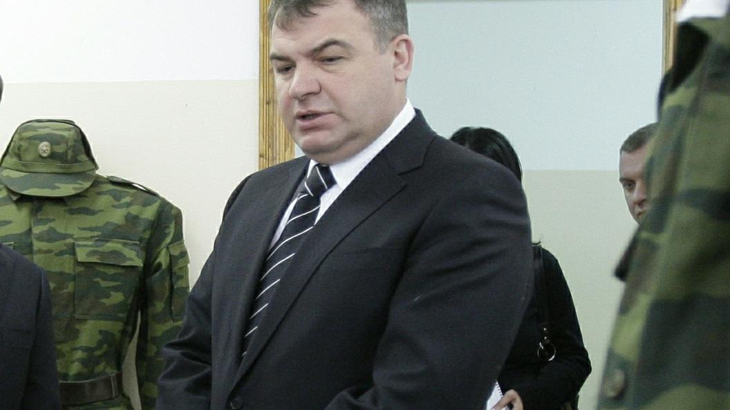 Прежний министр обороны Сердюков возглавил директорский состав «Роствертола»