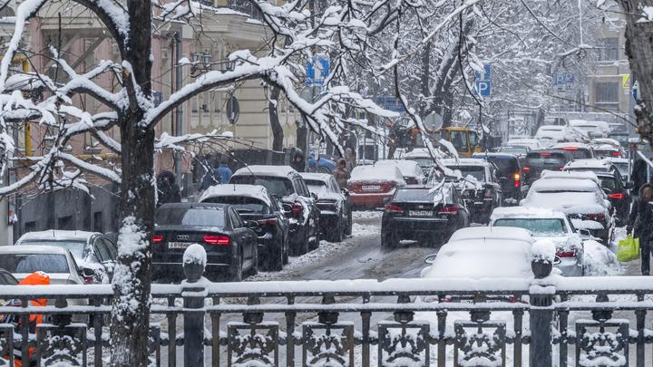 Москвичам обещали морозное дно и новый снегопад