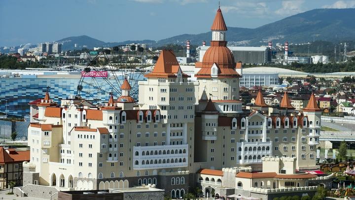 В Сочи мест нет? Россияне раскупили почти все туры в дорогие отели курорта