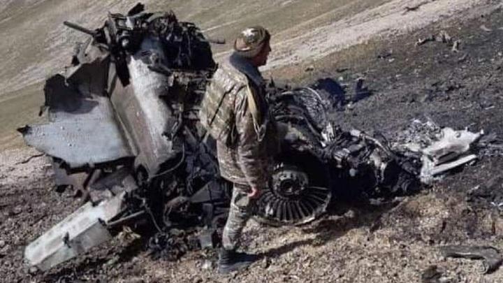 Армения представила доказательства уничтожения Су-25 турецким истребителем F-16 - фото