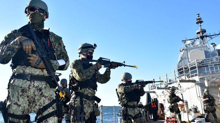 Есть планы по ведению войны: Выпад ВМС США в сторону России расшифровал русский адмирал