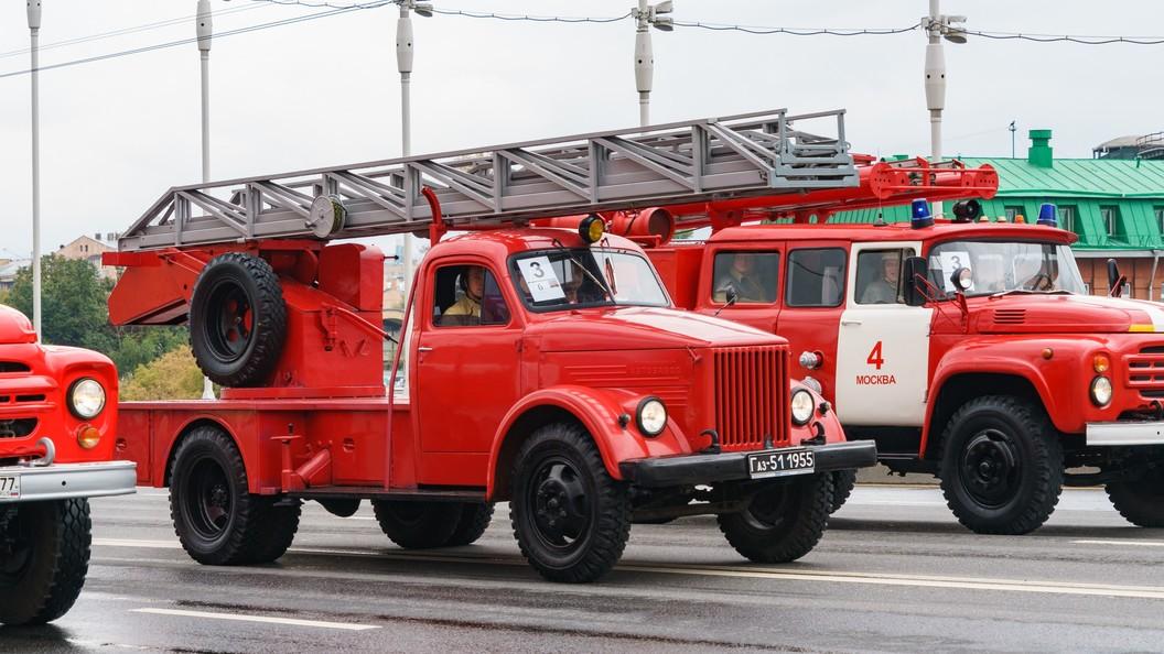 Из-за пожара встоличномТЦ эвакуировали около 650 человек