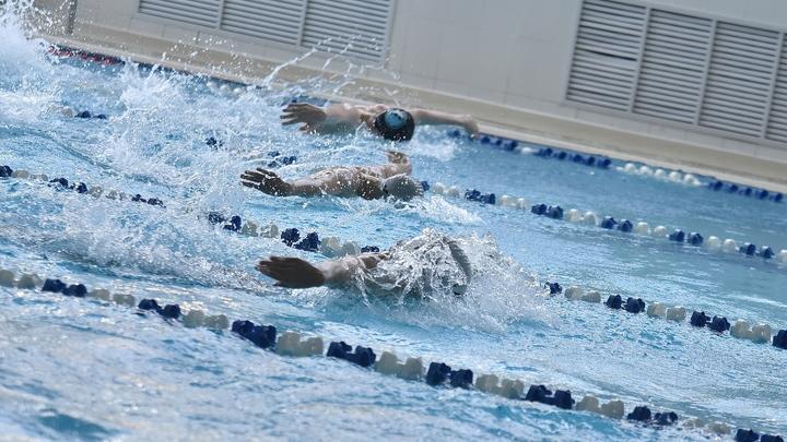 Пловцы из Новосибирска Суркова и Морозов не прошли в финал олимпийских заплывов на 50 метров