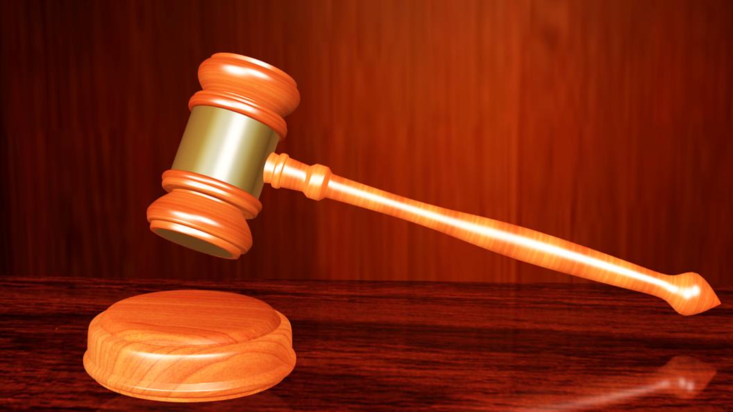 Безруков попросил Верховный суд защитить его от журналистов