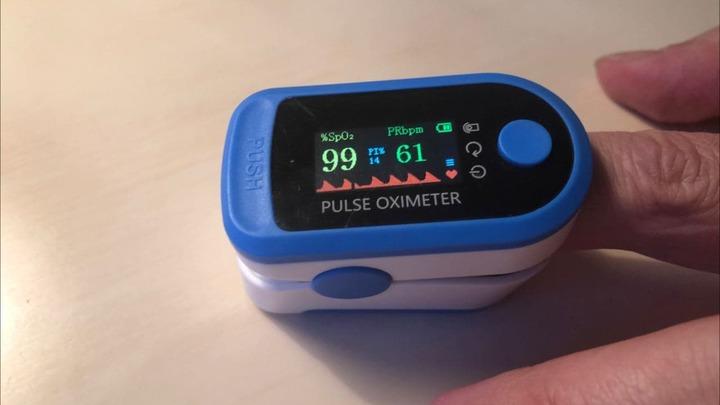 В некоторых аптеках Челябинской области можно бесплатно измерить уровень кислорода в крови