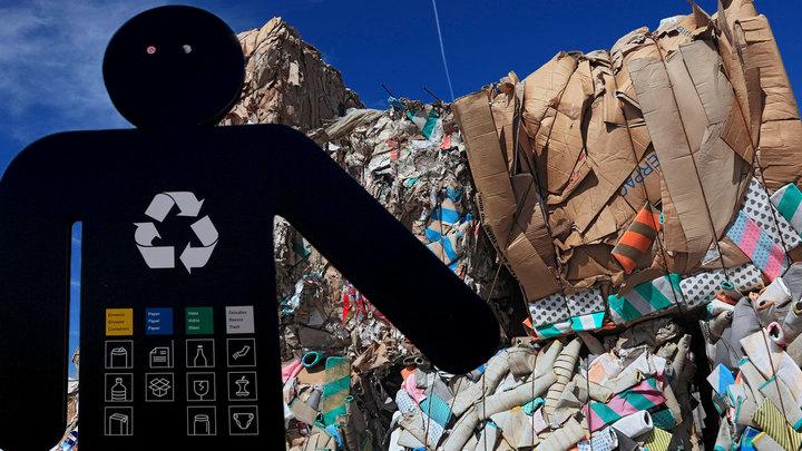 Закопать, сжечь или переработать: Как Москве избавиться от мусора