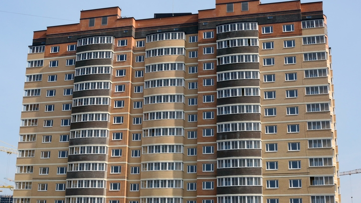 Осуждённого за обманутых дольщиков новосибирского застройщика отпустили досрочно