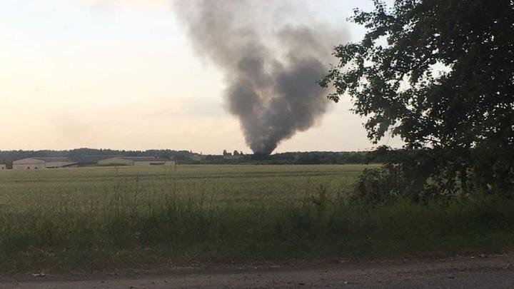 Три человека погибли при крушении вертолета МИ-8 в Ленобласти