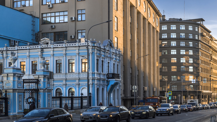 На Лубянке в Москве после атаки задержали мужчину с психическим расстройством - источник