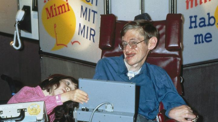 Как Стивен Хокинг: Учёные придумали, как подключить мозг к компьютеру
