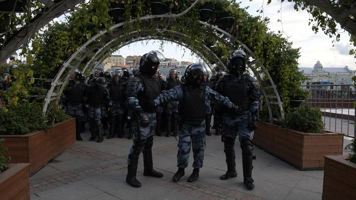 Удар по Навальному и Ко: Кабмин поддержал запрет на митинги за счёт иностранцев