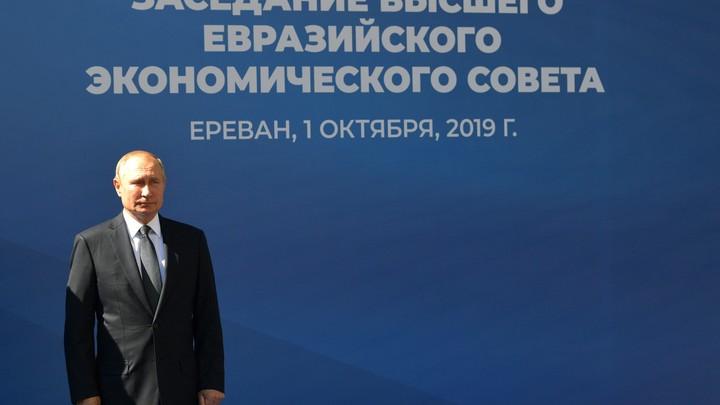 Когда Грузия перестанет быть американской подстилкой: В Twitter ответили на вопросы журналистки Рустави 2 к Путину