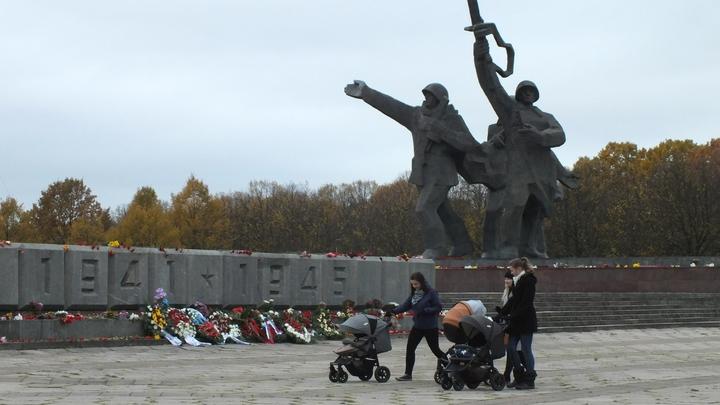 Детей расстреливал первых: ФСБ рассекретила зверства нацистов на Украине