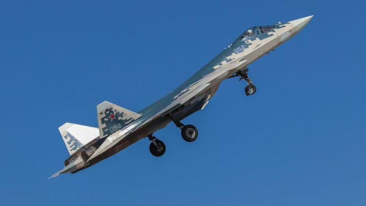 Су-27 обратил в бегство самолёт-разведчик США над Чёрным морем