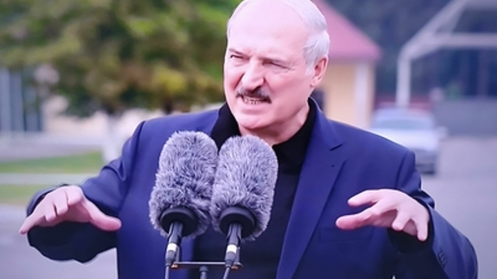 Лукашенко назвал условие, при котором на Белоруссии поставят крест