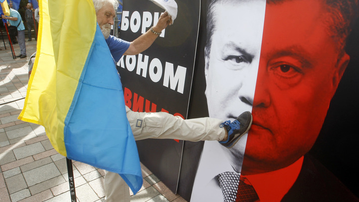 Порошенко собрался войти в НАТО без разрешения Путина