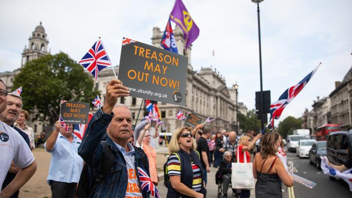 Передумали: Больше половины британцев высказались против выхода из ЕС