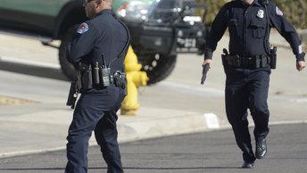 Полиция США применила газ против взбешенной толпы темнокожих в Сент-Луисе