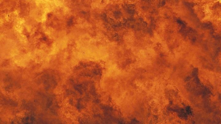 Небоскрёб превратился в пылающий факел: В Южной Корее загорелся 33-этажный жилой дом