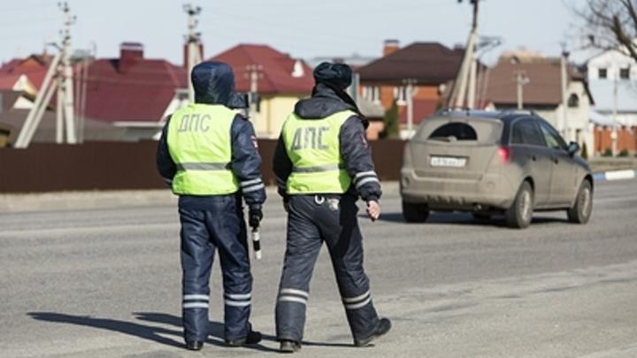 В Чите автоинспектор осужден за вымогательство взяток с дальнобойщиков