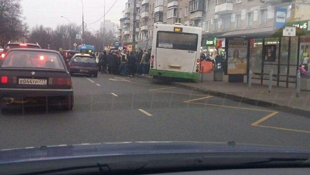 Опубликован полный список пострадавших в аварии с автобусом на Сходненской улице в Москве