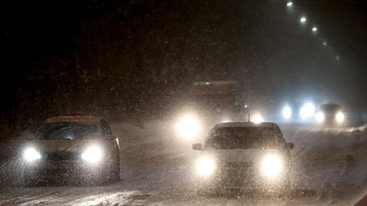 Есть погибший: В Новосибирске произошло массовое ДТП с участием четырёх автомобилей
