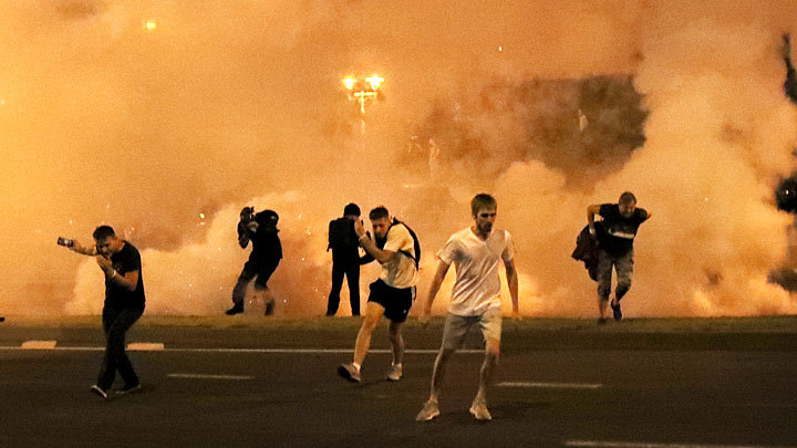 Оказался он живой: Фейки белорусского майдана
