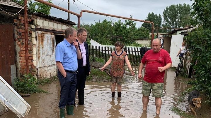 Пострадавшим из-за потопа жителям станицы Тацинской окажут материальную помощь