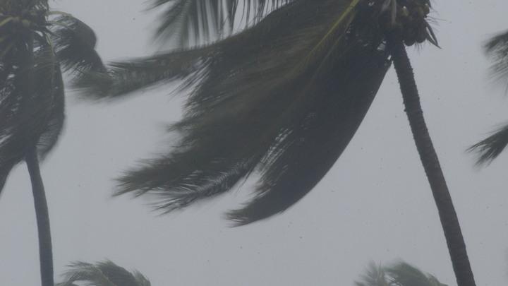 """Набирая обороты: Ураган """"Ирма"""" усилился до третьей категории"""